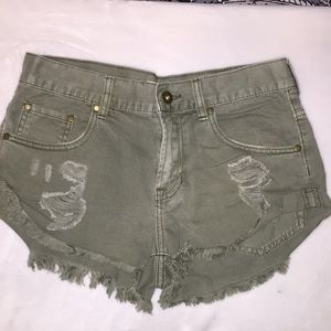 Bullhead Army Green Shorts